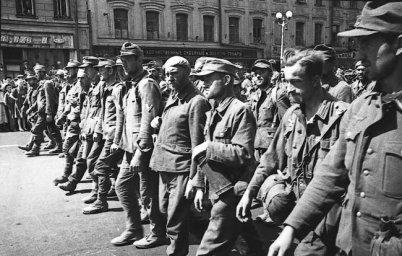 Марш пленных немцев по Москве